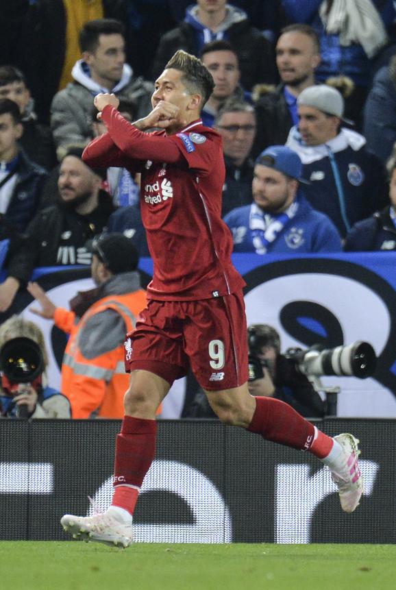 Roberto Firmino slavi gol protiv Porta