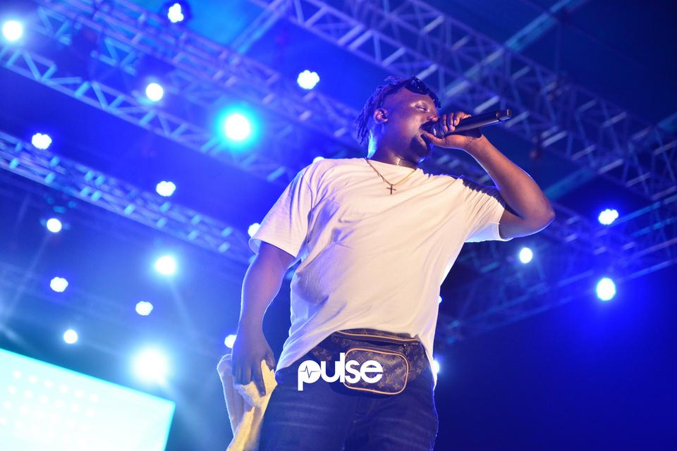 Wande Coal performing live at Gidifest 2019
