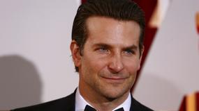 """Bradley Cooper zabrał głos w sprawie sceny z użyciem lalki w """"Snajperze"""""""