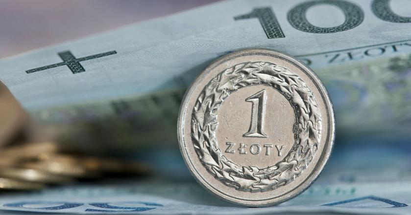 Złoty umacniał się do euro po wetach Andrzeja Dudy dot. ustaw o KRS i Sądzie Najwyższym