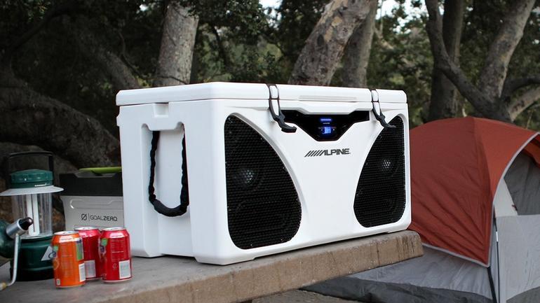 Alpine ICE PWD-CB1 czyli grająca lodówka