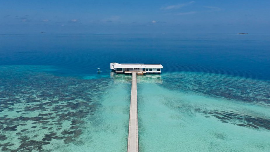 Podwodna willa na Malediwach.