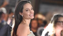 """Angelina Jolie negocjuje występ w """"Shoot Like A Girl"""""""