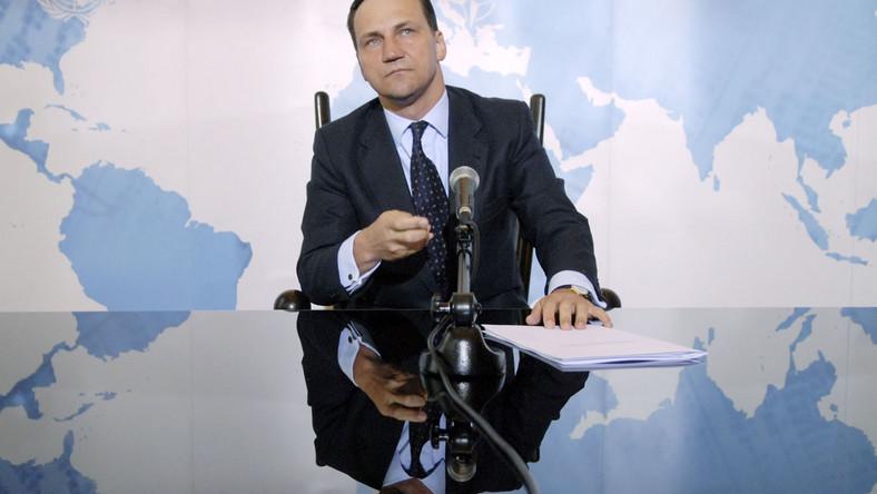 Szef MSZ Radosław Sikorski