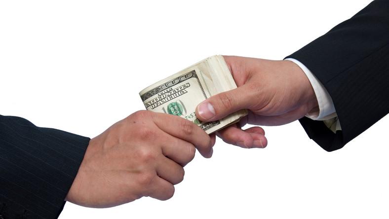 Ekonomiści chcą walczyć z korupcją