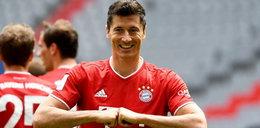 Robert Lewandowskizaprezentował nową koszulkę Bayernu