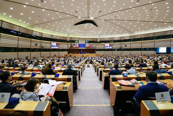 Evropski-parlament-Brisel