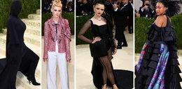 Dziwna stylizacja Kardashianki na modowych Oscarach. Nie ona jedna wzbudziła konsternację