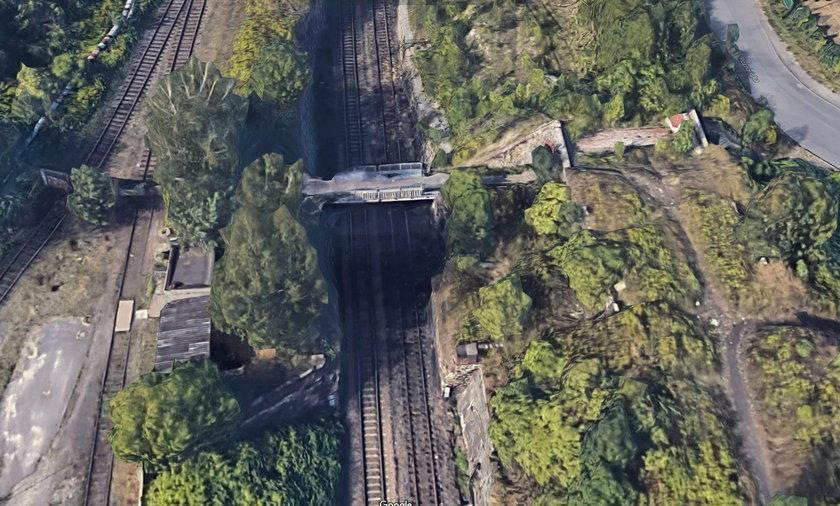 12-latek spał z mostu w Chorzowie