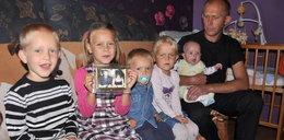 Ojciec bohater: Sam wychowuje pięcioro dzieci