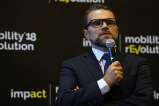 Jacek Bartosiak lotniczym prezesem na dziewięć trudnych lat