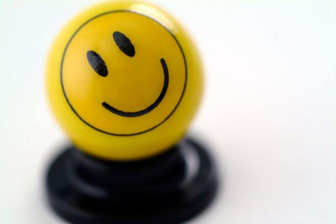 Nekada je potrebno tako malo da se lepo osećate, preduzmite neke osnovne korake da vam svaki dan bude ispunjen Sreću čine male stvari, svakodnevne sitnice na koje često ni ne obraćamo pažnju. Ako želite da se osećate bolje, i da budete generalno srećnija osoba, za to vam nije potrebno mnogo.