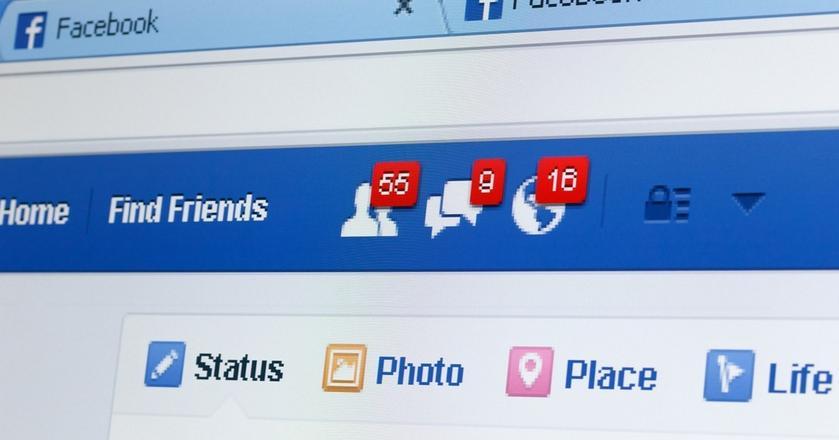 Facebook w kilku krajach przeniósł treści ze stron do nowej, mniej widocznej sekcji