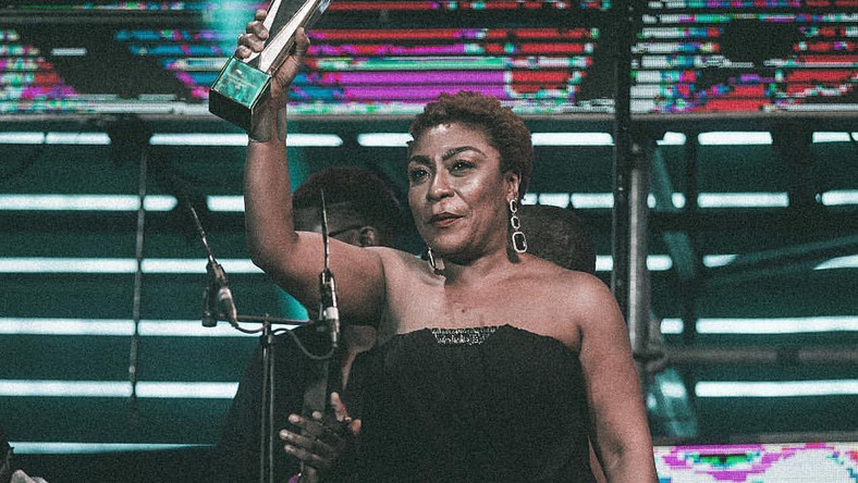 Burna boy's mum has an energy that matches with his at