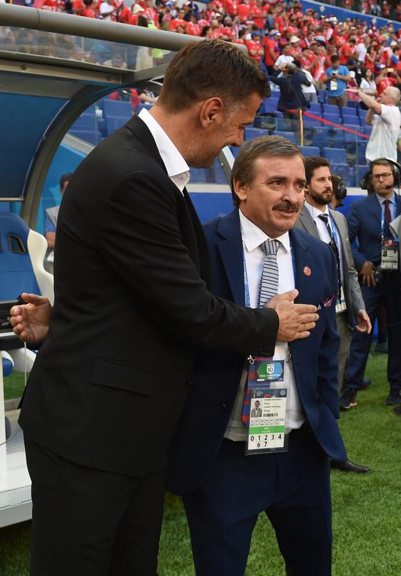 Mladen Krstajić sa selektorom Kostarike Oskarom Ramirezom
