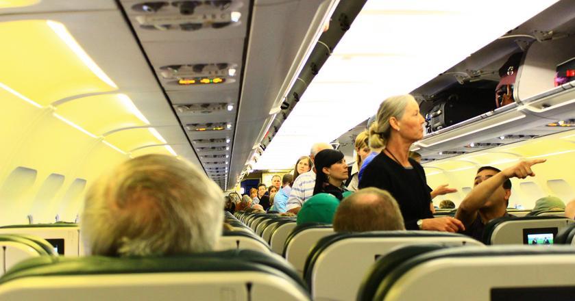 Które miejsce w samolocie wybrać i ile to kosztuje?