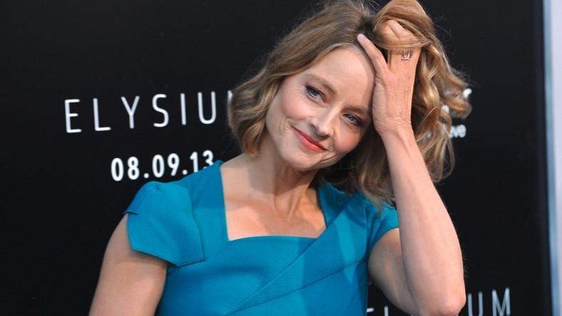 """Zdobywczyni dwóch Oscarów urodziła się jako Alicia Christian Foster. Imię Jodie – zdaniem brata aktorki –wzięło sięod przezwiska partnera ich matki, """"Jo D"""" (od Josephin Dominguez)"""