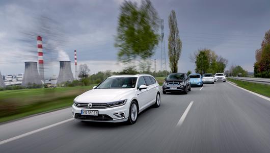 BMW i3 vs Kia Soul EV vs Nissan Leaf vs VW Passat GTE vs Volvo XC90 T8