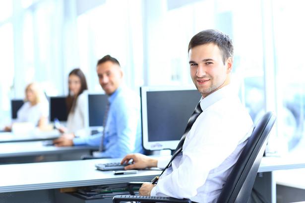 Służba przygotowawcza ma na celu teoretyczne i praktyczne przygotowanie pracownika do należytego wykonywania obowiązków służbowych