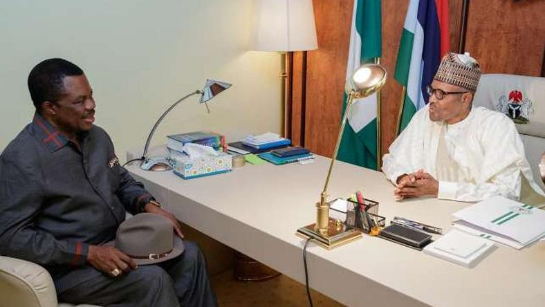 President Muhammadu Buhari (right) and the Governor of Anambra State, Willie Obiano