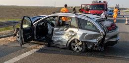 Wypadek na S8 pod Sieradzem. Cztery osoby ranne