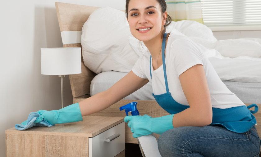 Naukowcy uspokajają: żaden dom nie jest sterylny i zbyt czysty. Nawet te najbardziej wysprzątane wciąż obfitują w bakterie, wirusy, grzyby, pleśnie i roztocza.