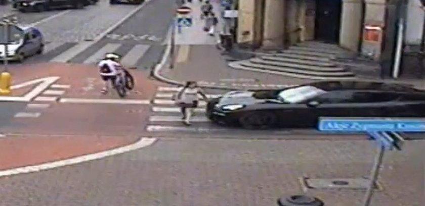 Leszno: kierowca porsche, który spoliczkował pieszą, zatrzymany