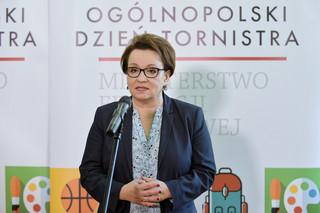 Mazurek chwali Annę Zalewską: To bardzo dobra minister. Nie zostanie odwołana