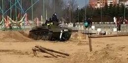 Horror na imprezie wojskowej. Dzieci wpadły pod czołg