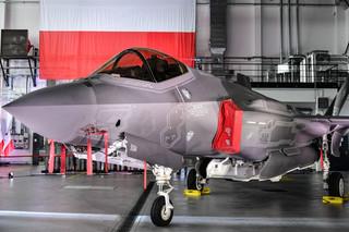 Samoloty bojowe F-35 w polskiej armii. Szef MON podpisał umowę