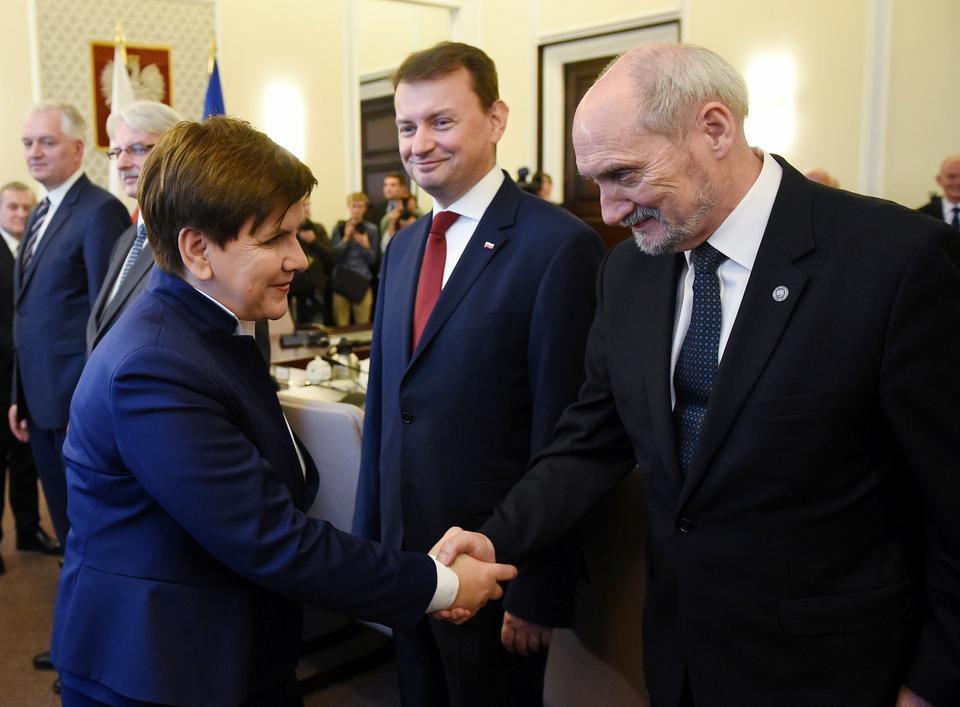 TNS Polska: 44 proc. chcących głosować popiera PiS, 17 proc. PO