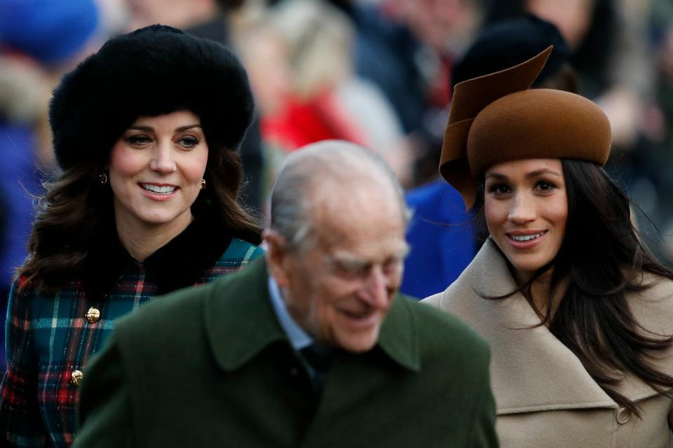 Księżna Kate, książę Filip i Meghan Markle