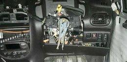 Prowadził auto bez kierownicy i fotela