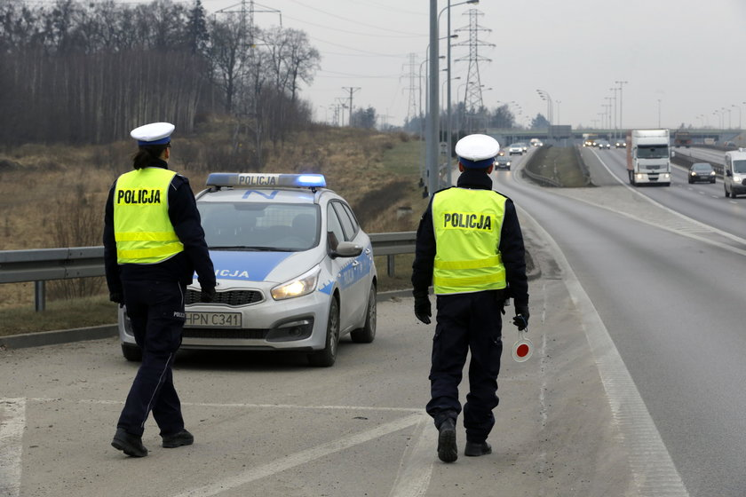 Wzmożone policyjne kontrole na obwodnicy TrójmiastaWzmożone policyjne kontrole na obwodnicy Trójmiasta
