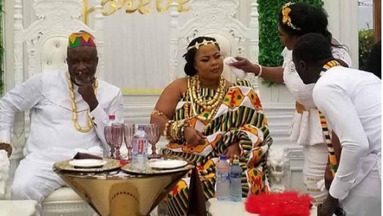 Gifty Anti and Hopeson Adoye tie the knot