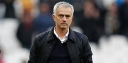 Piękna postawa Mourinho. Słynny trener rozdaje żywność osobom starszym