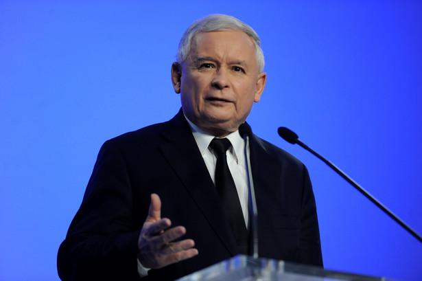 Jarosław Kaczyński podczas konferencji prasowej w siedzibie PiS