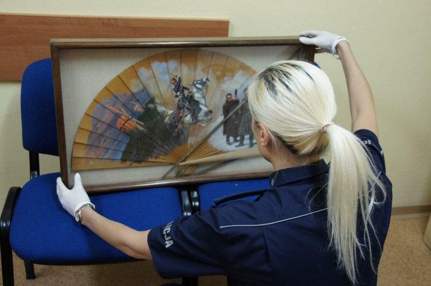 Łódź. 81-latka oszukana metodą na wnuczka