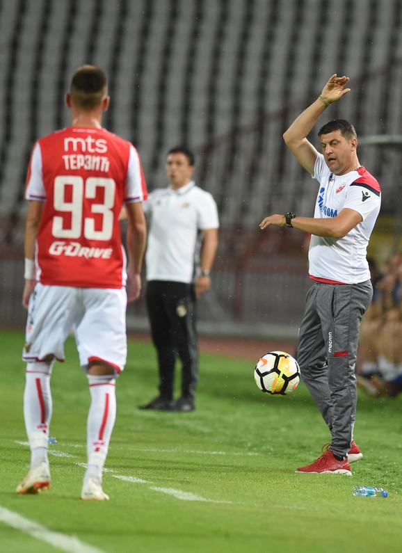 Milojević na prvenstvenoj utakmici Crvena zvezda - Čukarički, prilikom rezultata 0:0