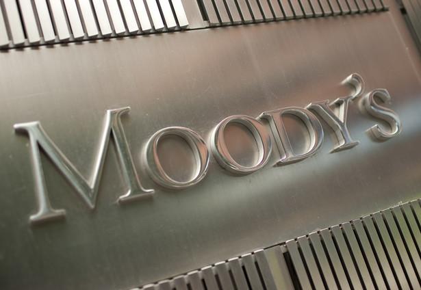 Z wyliczeń Moody's wynika, że po wprowadzeniu nowych regulacji wskaźnik ten wyniesie ok. 3 proc.