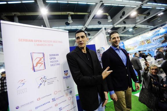 Dragutin Topić i ministar omladine i sporta Vanja Udovičić