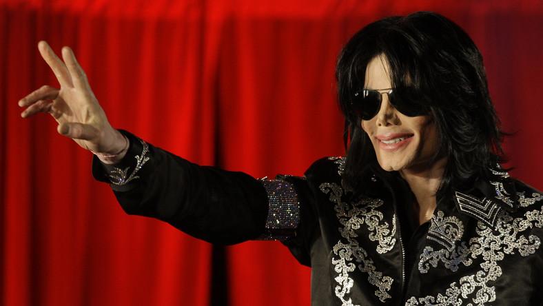 """Fani będą mogli nabyć """"Xscape"""" w specjalnej wersji deluxe, na której znajdą się wszystkie źródłowe nagrania Michaela w oryginalnej formie"""