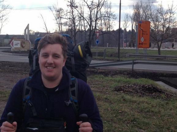 Kevin Šenon: Po povratku u Englesku došao je na ideju da o svojim dogodovštinama napiše knjigu Pešačenje Srbijom (Walk Serbia)