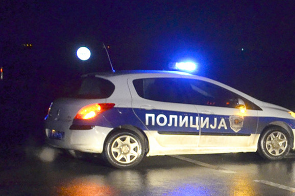 POKUŠAO DA POBEGNE POLICIJI Muškarac uhapšen kod Čačka zbog posedovanja DROGE