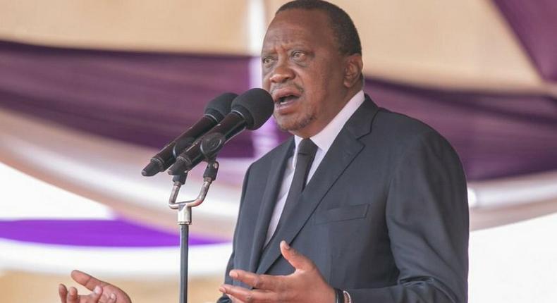 Get used to it – Uhuru mocks Maraga's angry speech against bloggers