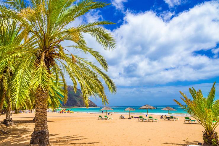 begunac Playa de Las Teresitas Tenerife shutterstock_549248158