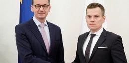Nowy szef KNF zarabiał pół miliona złotych rocznie!