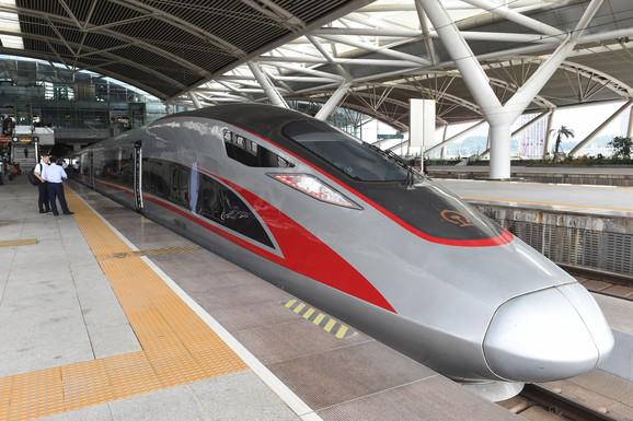 Kineski voz Fošan - Vuhan
