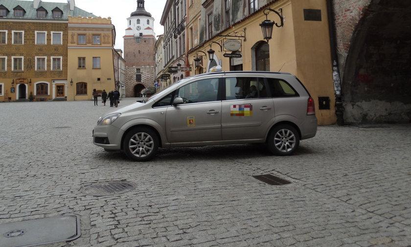 Od 1 kwietnia taksówki nie wjadą w dzień na Stare Miasto