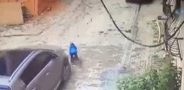 Przejechała autem 3-letniego synka. Chłopiec przeżył